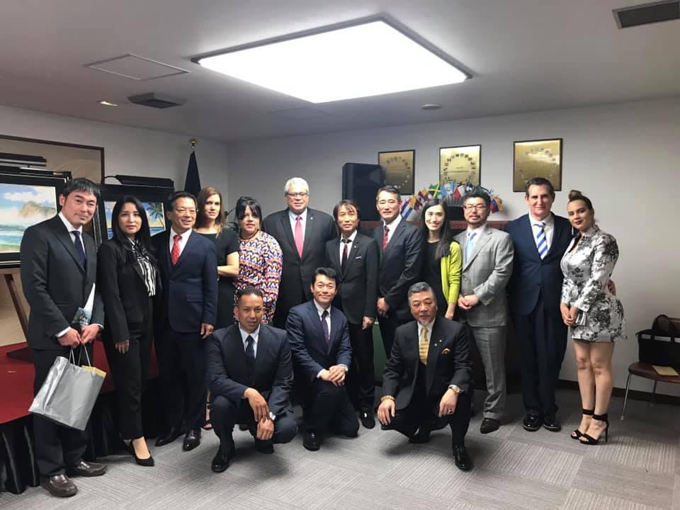 日本とドミニカ共和国外交関係85周年記念ART GRAGE鑑賞会 (Presentación de Art Grage para conmemorar de los 85 años de relación de Japón y República Dominicana)