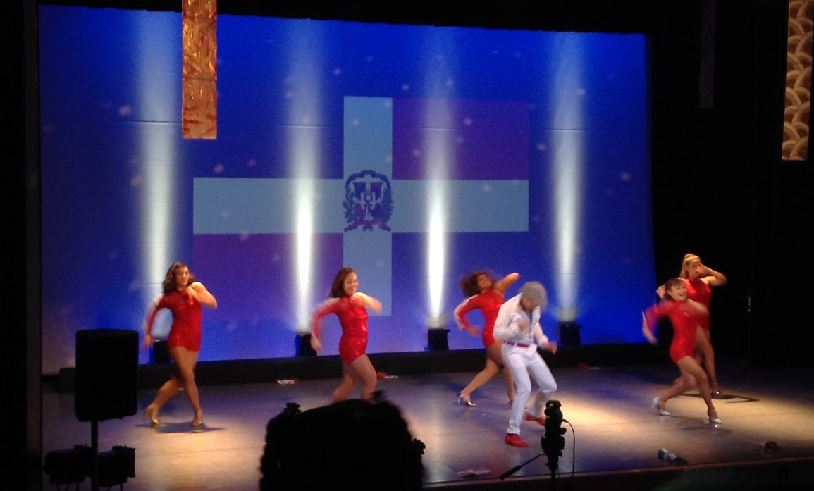 Luis Sasaki氏主催の「El Caribe」ライブ・ダンスセッションの様子