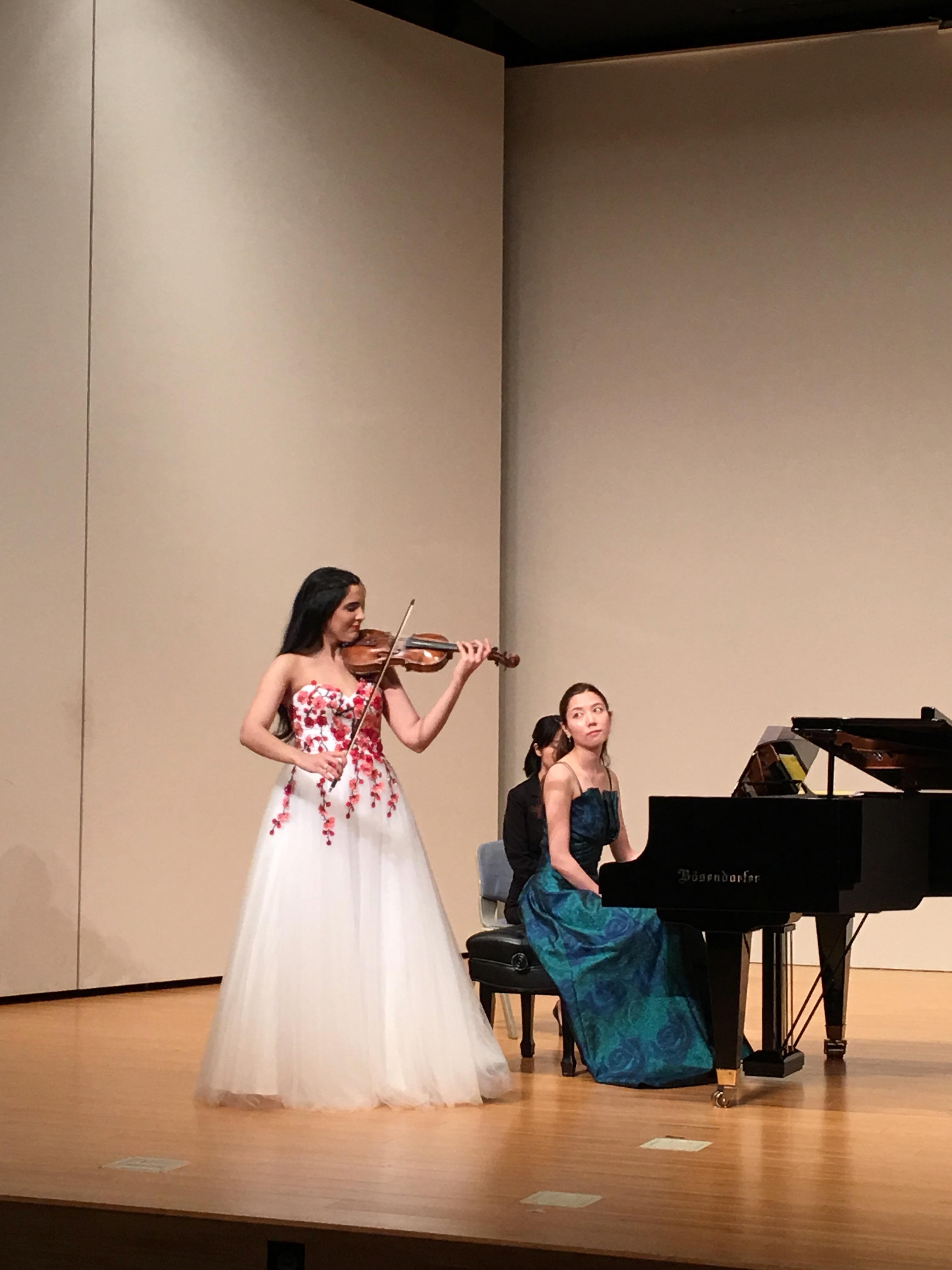 アイシャ・シエド「ヴァイオリンの調べ」開催! Concierto por violonista Aisha Syed