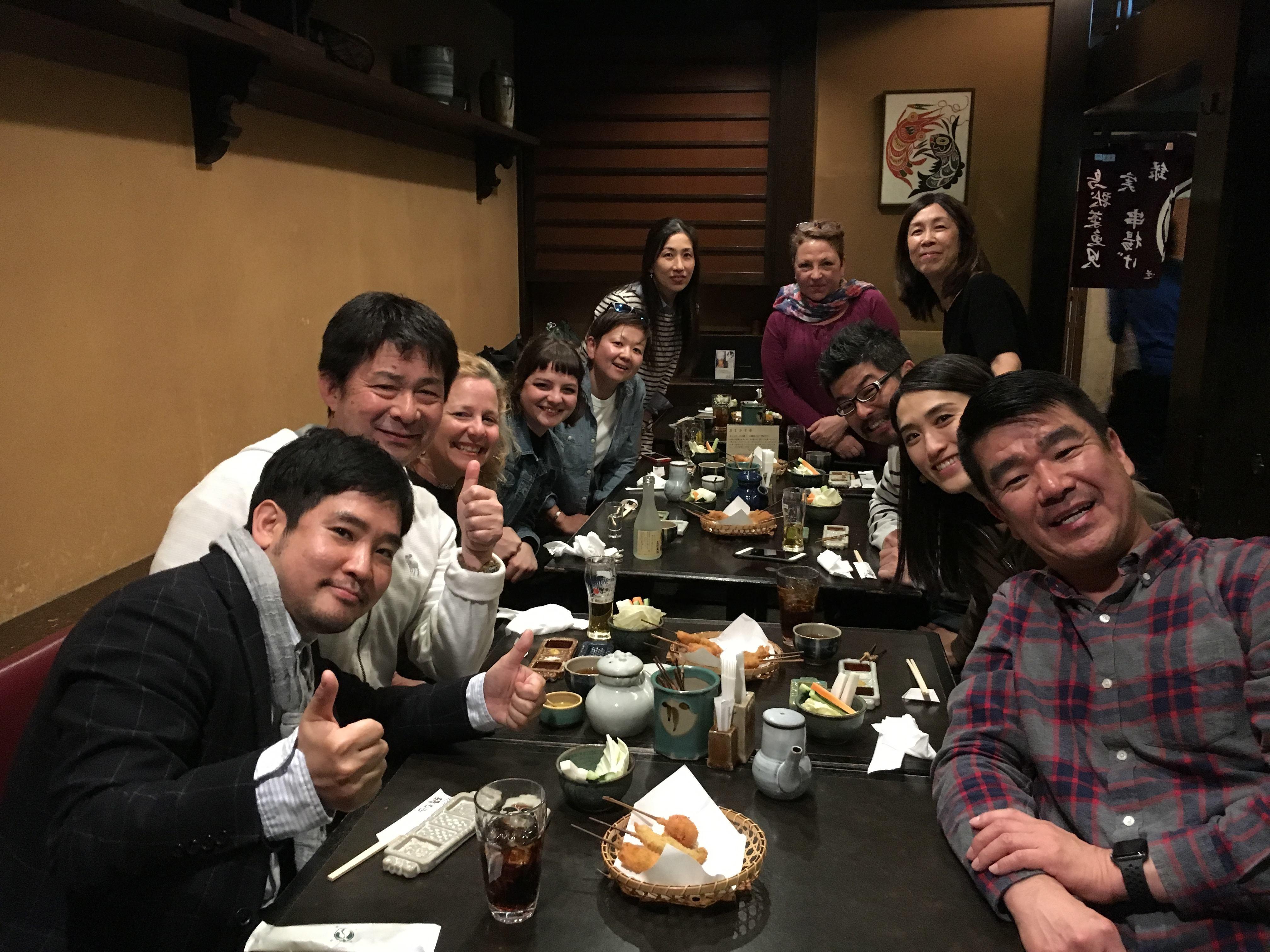 """「Yes, Deaf Can!」の皆様とランチ (Sesión del almuerzo con los miembros de """"Yes, Deaf Can!"""")"""