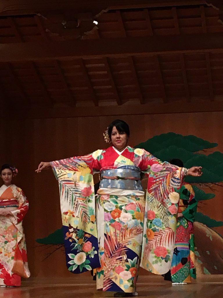 五大陸着物コレクション参加 (Participamos a la Colección de Cinco Continentes de Kimono)